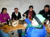 fondue-im-iglu-auf-engstligenalp-085